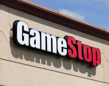 GameStop: Comment les petits investisseurs de Reddit ont-ils battu les géants à Wall Street?