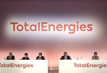 Passage aux énergies vertes - Total va changer de nom : Total Energies
