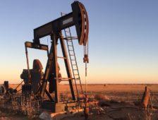 Le pétrole résiste à la course vers les énergies vertes
